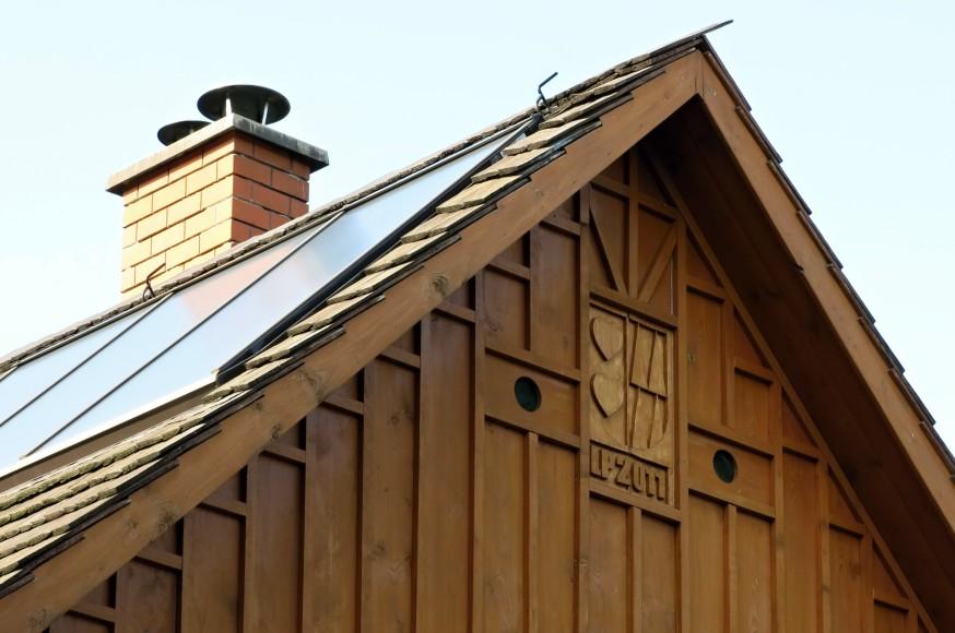Solární panely v kombinaci s šindelem